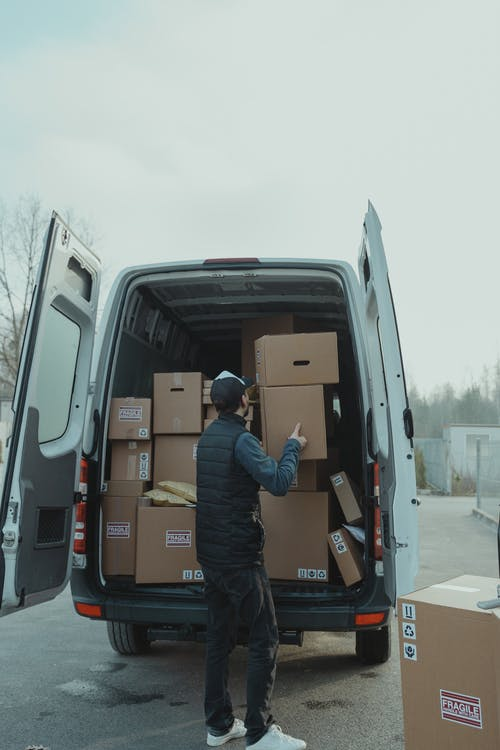 dodávka balíčky