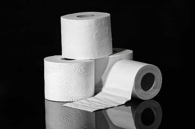 4 role toaletního papíru